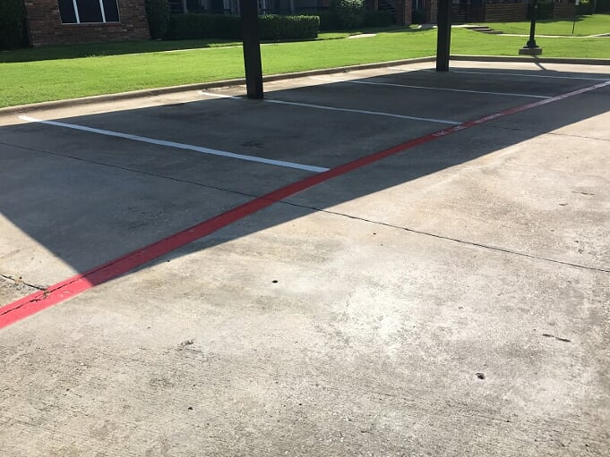 Parking lot maintenance and striping in Leander, Texas